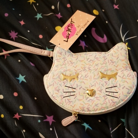 Betsey Johnson Handbags - Nwt adorable Luv betsey  coin purse/ wristlet